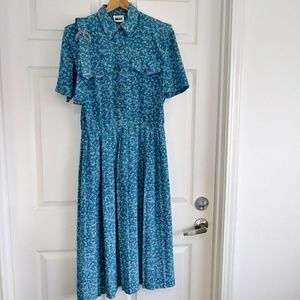 Vintage Leslie Fay floral pleat belt dress